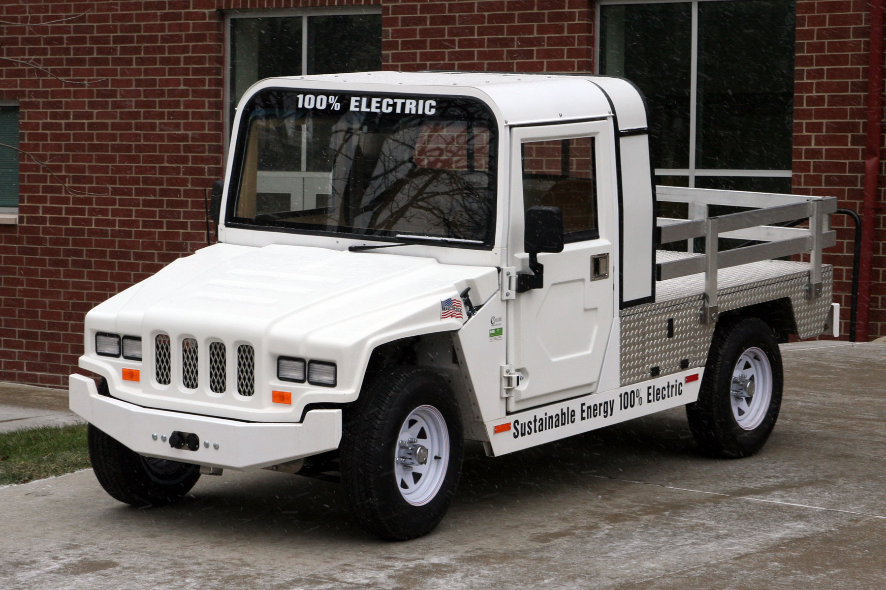U Akron all electric utility truck