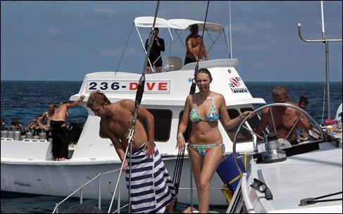 TKdiveboat