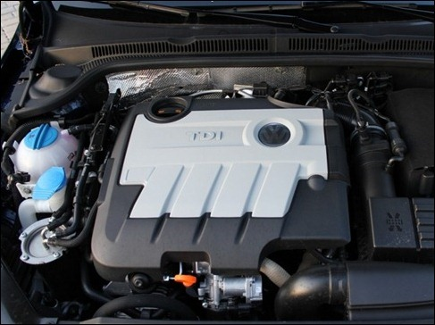 2011VWTDIEnginebay