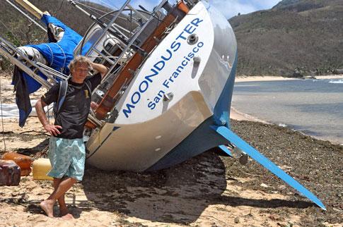 Moonduser aground