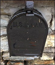 mailboxpaintandleaves121026