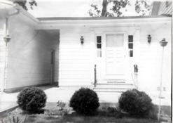 house_124lagoondr_door
