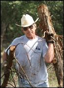 300 bush lifts logs crawfor1363033686