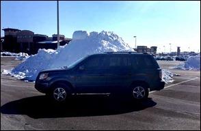 snowpileshondapilot140210