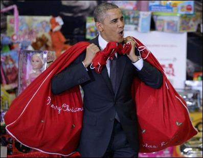 hohoho_obama_with_gifts