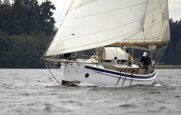Awning Improvement Ideas From Another Old Sailboat My