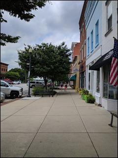 KBA_walkingdowntownperrysburg170703