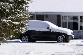BMWX535d_SnowWayzataMN17031