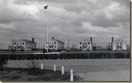 CB_Barracks1950