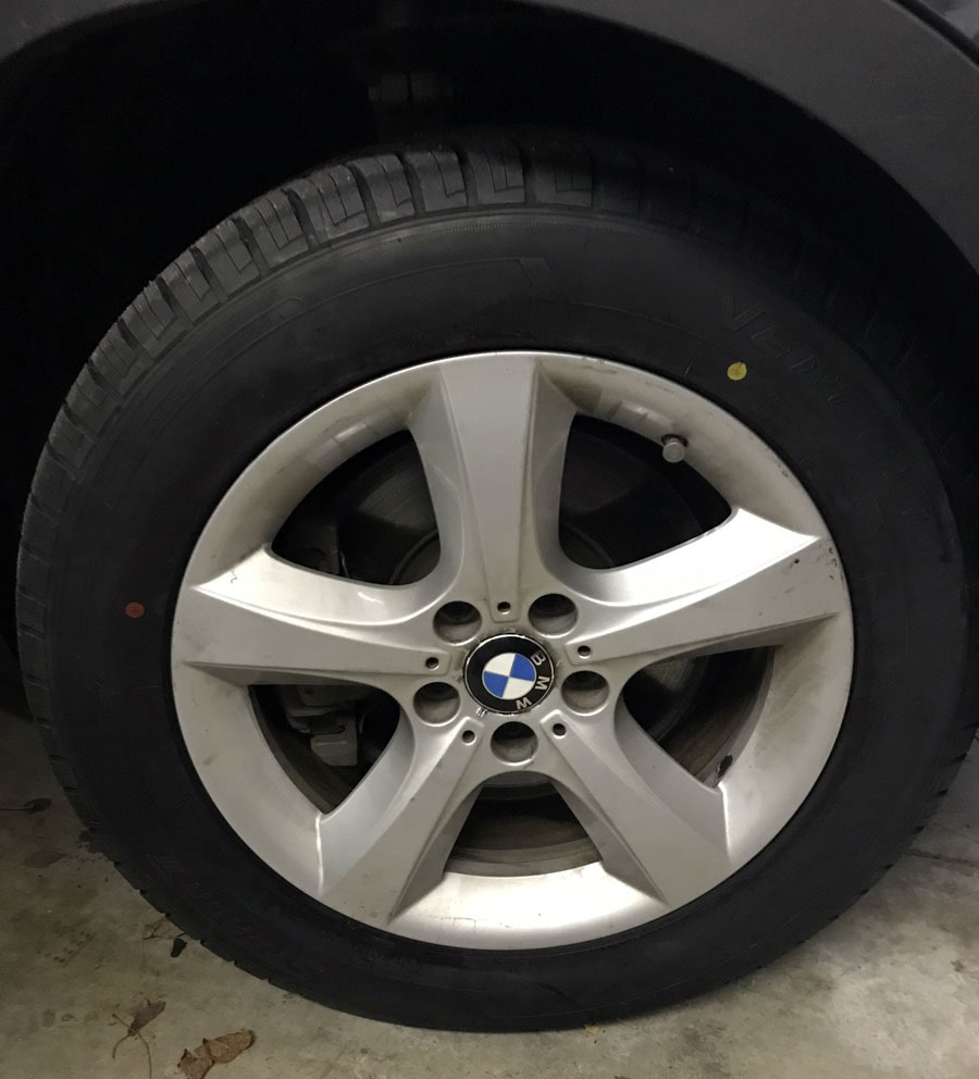 The 2010 BMW X5 35d Has A New Set Of Tires To Start Winter