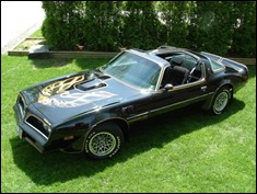 Smokey-and-the-Bandit-Car-1-768x576