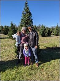 KDAE_ChristmasTreeAdventure2020