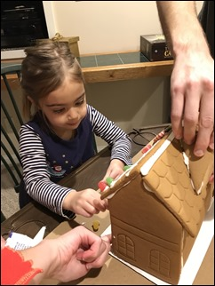 AnnalynGingerbreadHouse201224