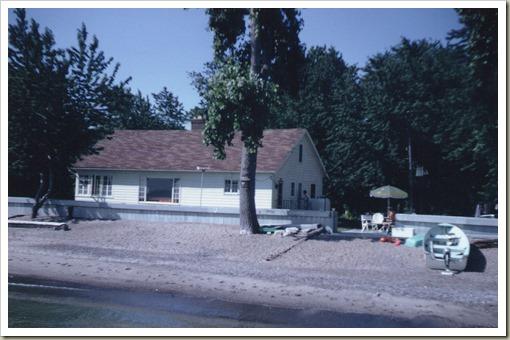 HouseBeachLagoonNewWall1967