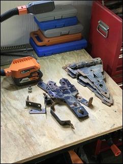 RepairGateLatches210831