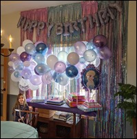 AnnalynFrozenBirthdayDecor2