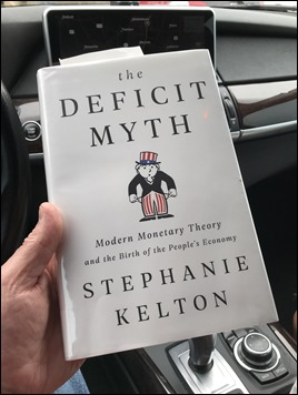 TheDeficitMyth_StephanieKelton_Book2021_m